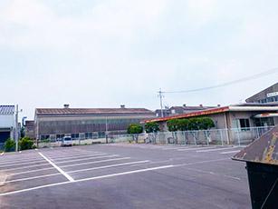 S工業(株)様の社員駐車場